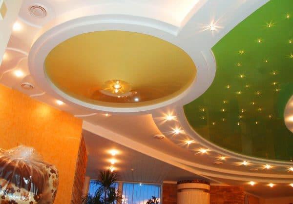 Натяжной потолок конусовидной формы