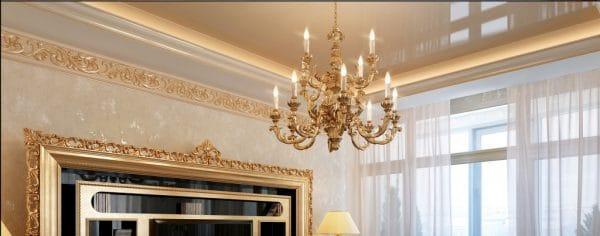 одноуровневые натяжные потолки в классическом стиле
