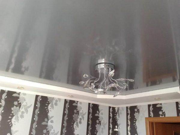 натяжные потолки под металл