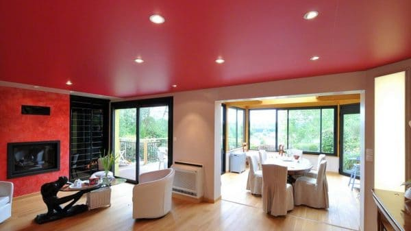 бордовый матовый натяжной потолок