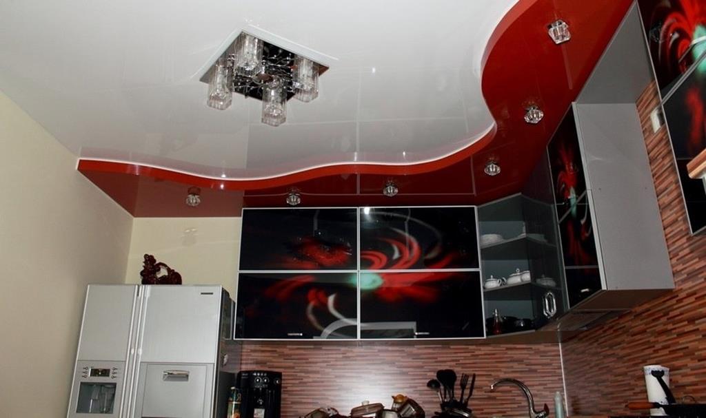 глянцевый двухуровневый натяжной потолок