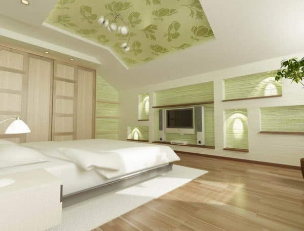 двухуровневый натяжной потолок на мансарде