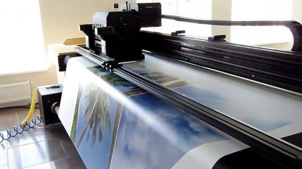 нанесение фотопечати на натяжное полотно