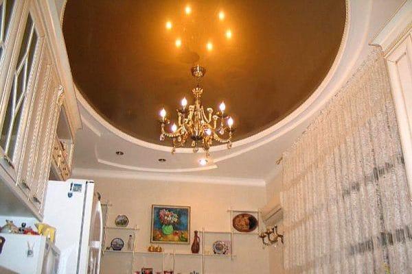 Натяжной потолок овальной формы