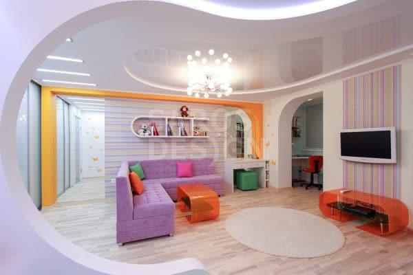Глянцевые натяжные потолки Saros Design