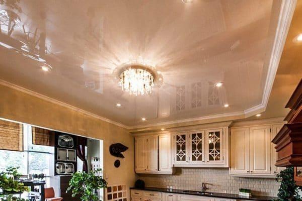 какой потолок лучше-глянцевый или матовый