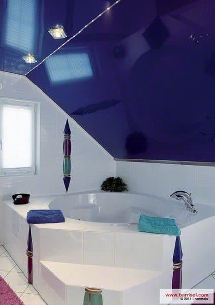 Натяжной потолок Barrisol в ванной